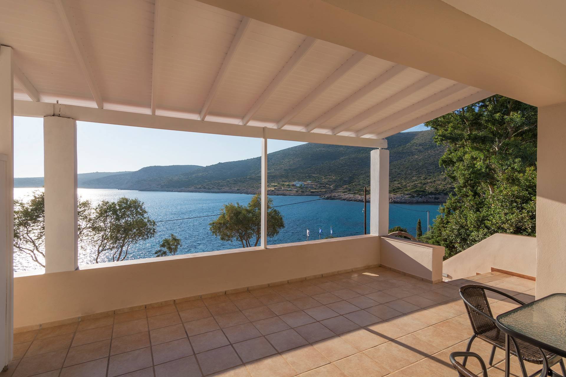 N2 - Triple Room - One bedroom and sea view balcony